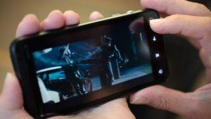 social-video-on-mobile